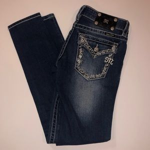 MISS ME JEANS jeweled and embroidered pocket